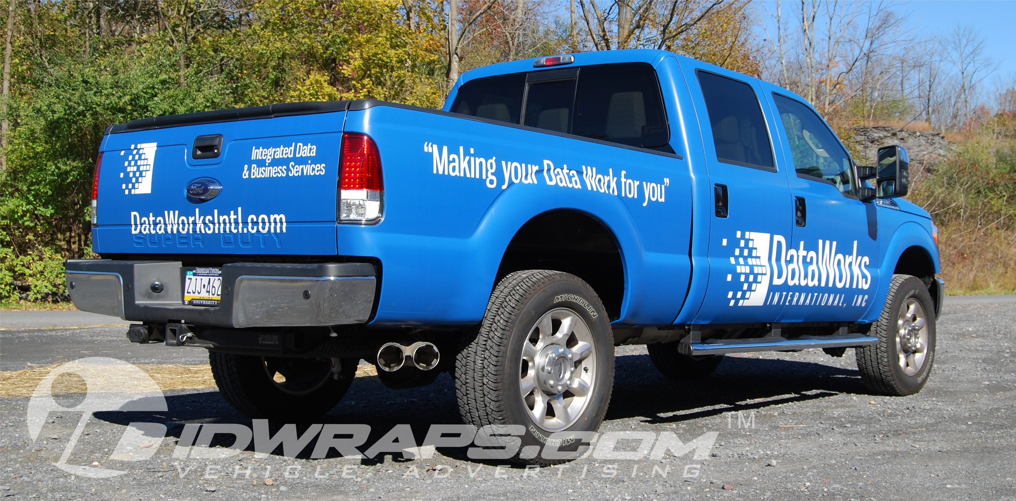 it-company-wrap-dataworks-ford-f350-matte-pickup-3m-vinyl-graphics