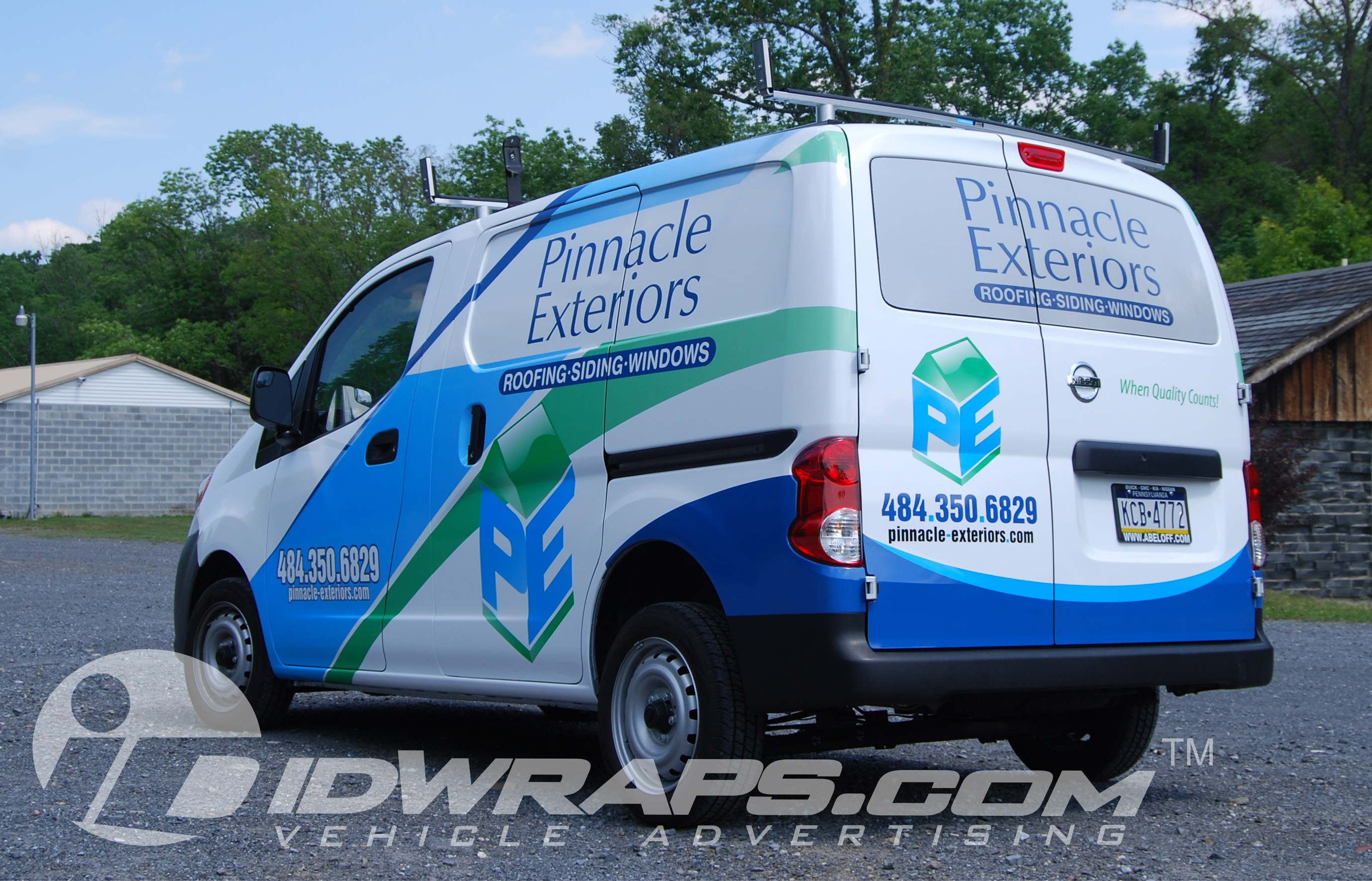 contractor-wrap-graphics-pinnacle-exteriors-nv200-3m-vinyl
